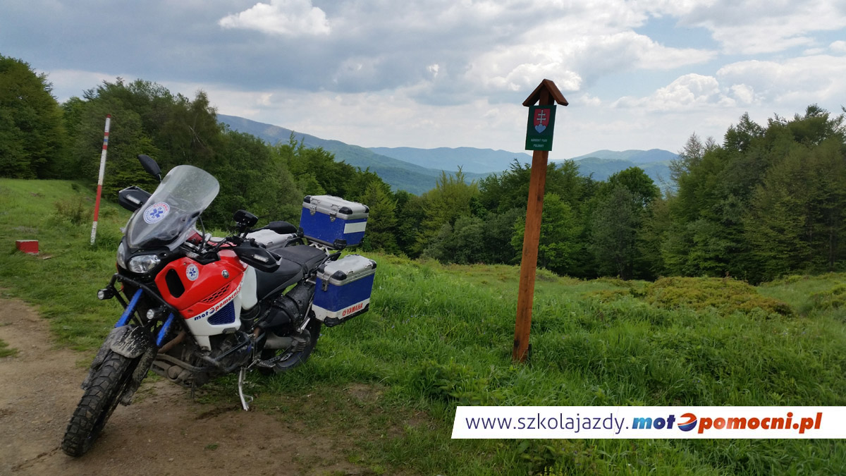 szkolenie_motocyklowe_offroad_bieszczady_motopomocni_słowacja